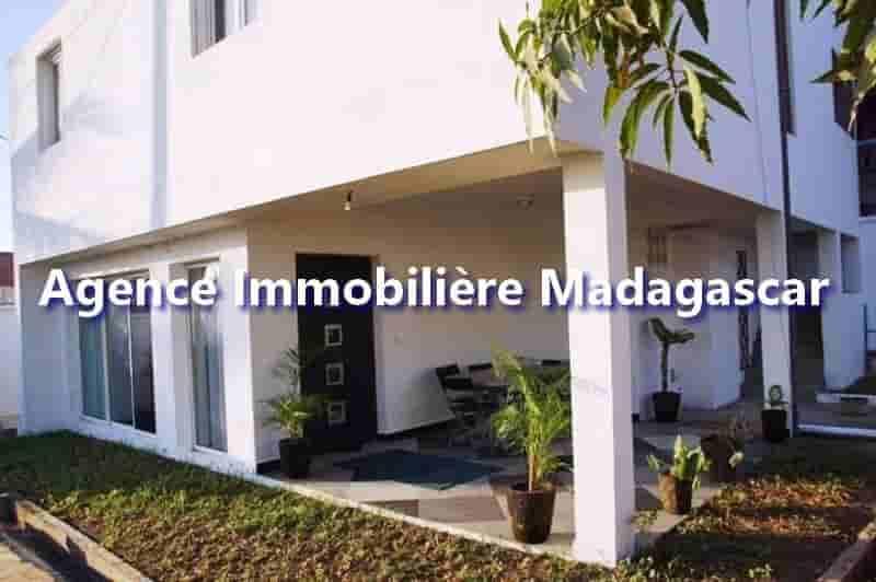 appartement-vacances-mahajanga-1-1-min.jpg