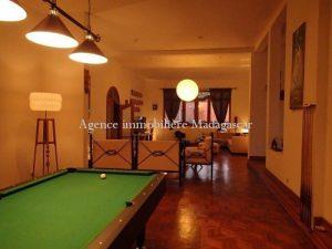 location-villa-standing-antananarivo-4.jpg