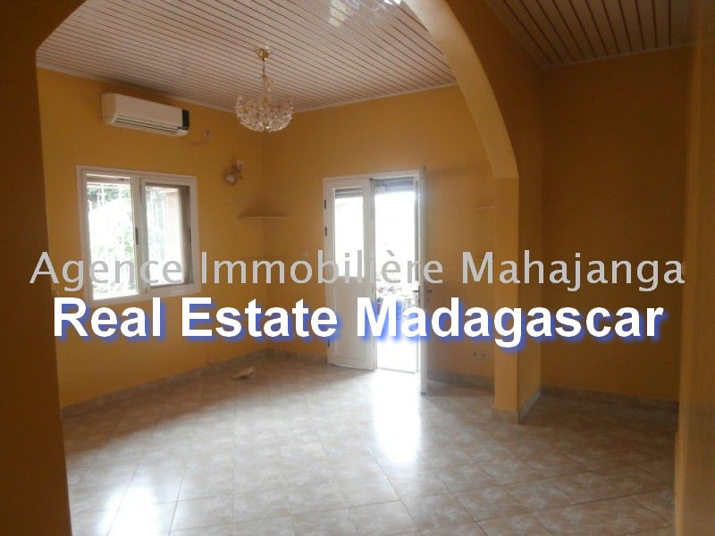 mahajanga-city-rent-apartments-2.jpg