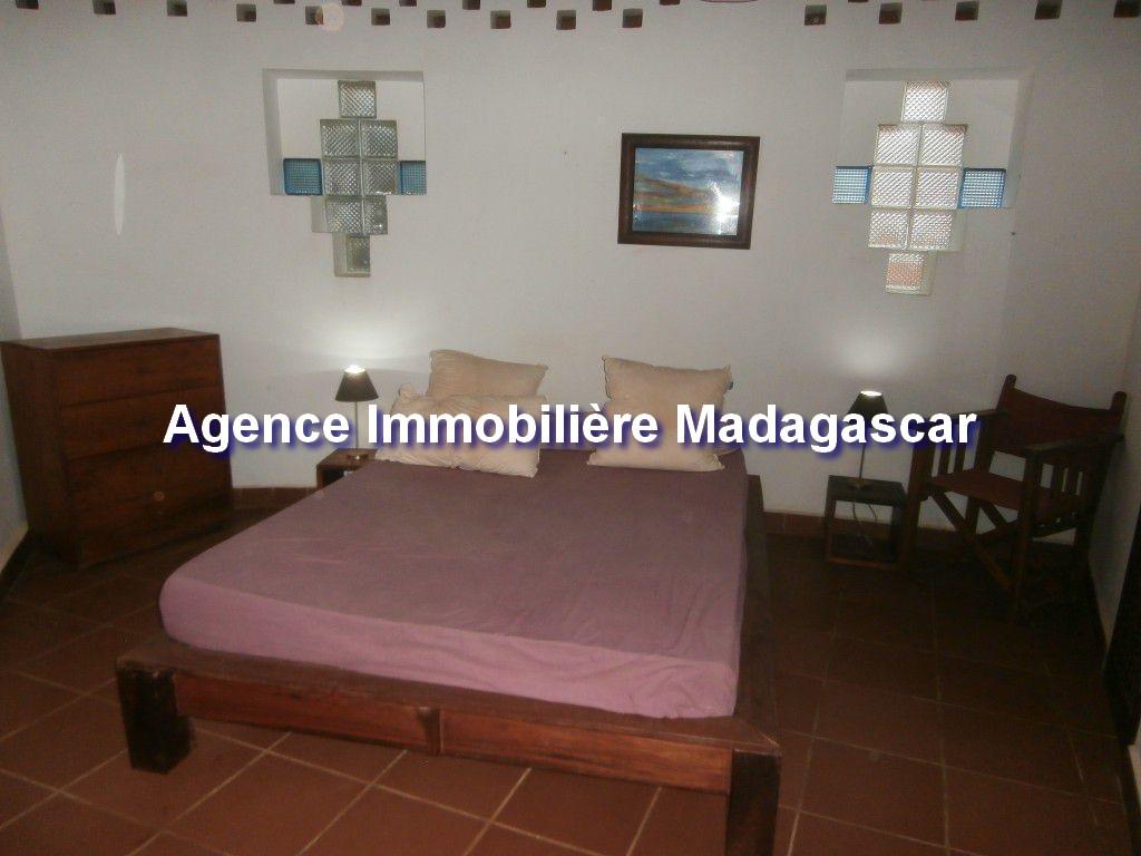 amborovy-location-villa-meublee -piscine-4.jpg