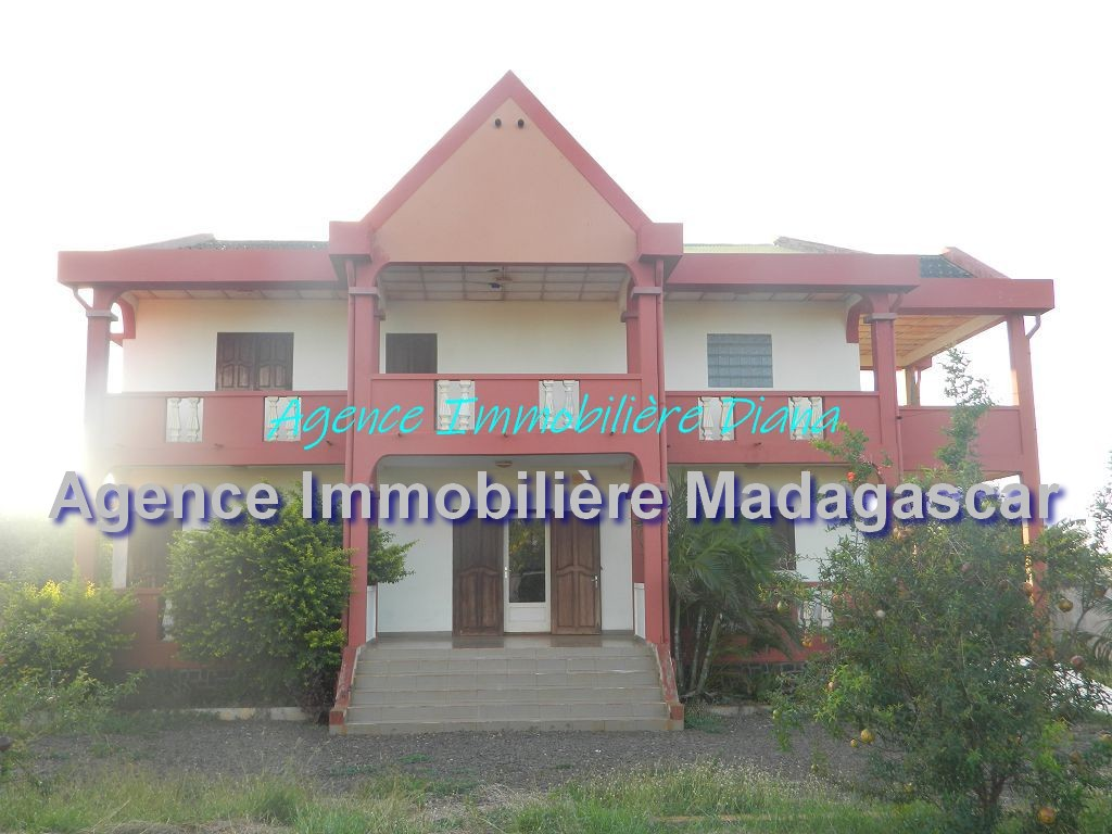 diego-location-villa-cinq-chambres-1.jpg