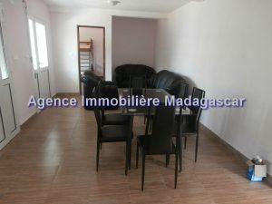 mahajanga-appartements-location-3.jpg