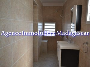mahajanga-center-rental-apartments-2.jpg