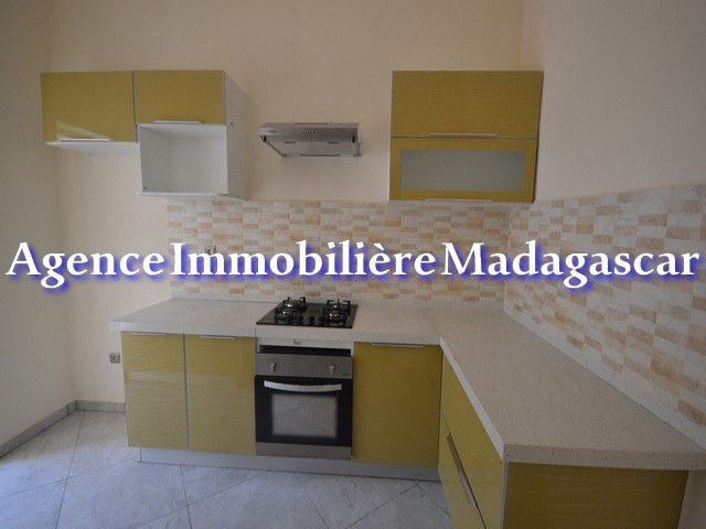 mahajanga-center-rental-apartments-5.jpg