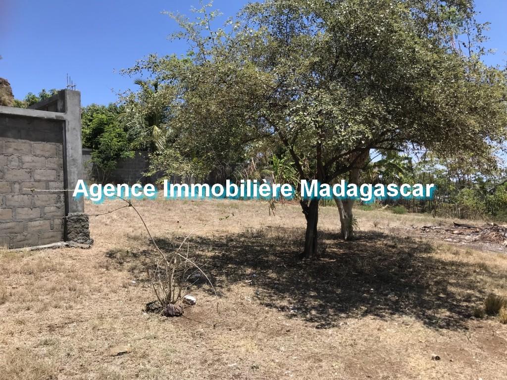 vente-terrain-quartier-residentiel-madirokely-3.jpg