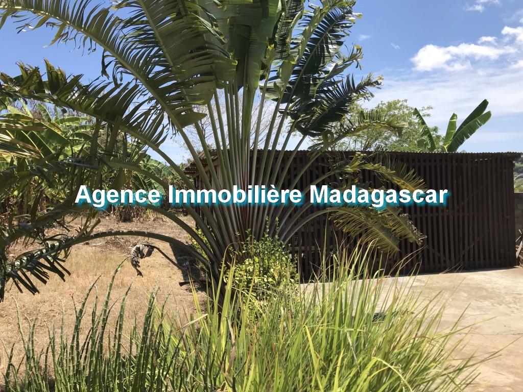 vente-terrain-quartier-residentiel-madirokely-4.jpg