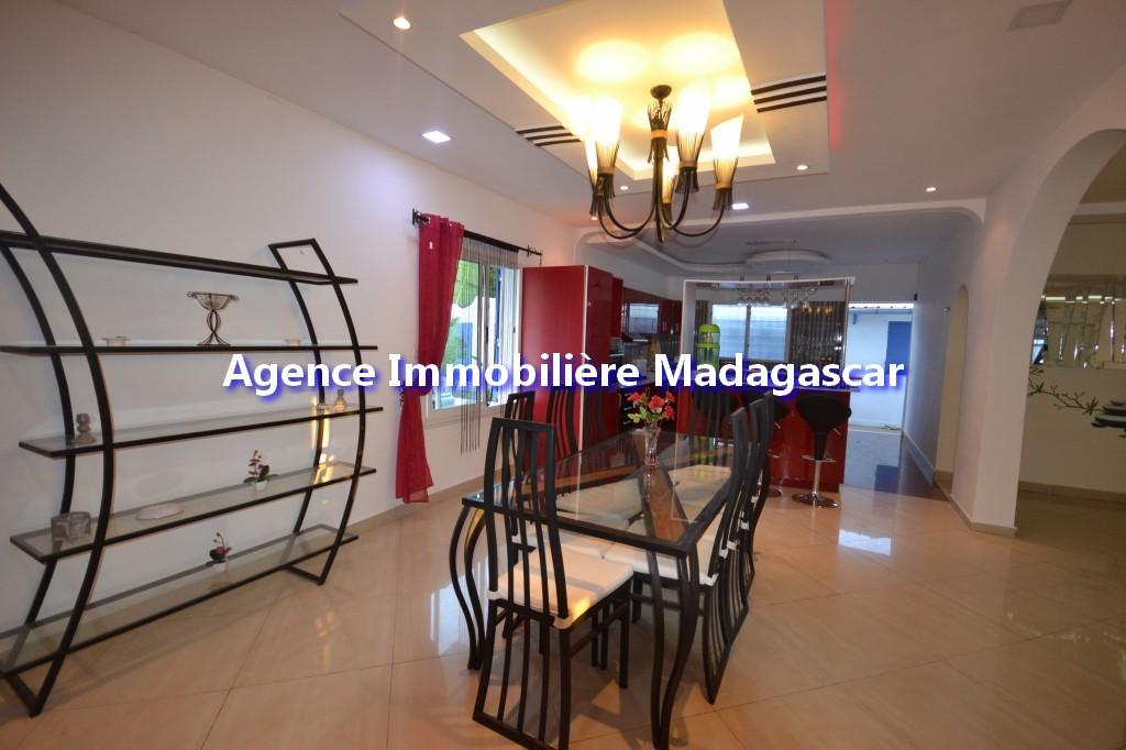 amborovy-mahajanga-location-villa-meublee-2.jpg
