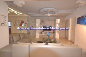 amborovy-mahajanga-location-villa-meublee-3.jpg