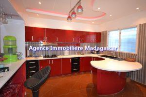 amborovy-mahajanga-location-villa-meublee-4.jpg