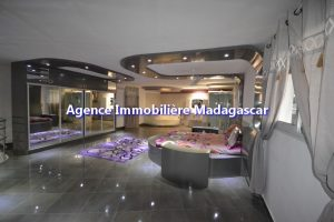 amborovy-mahajanga-location-villa-meublee-5.jpg