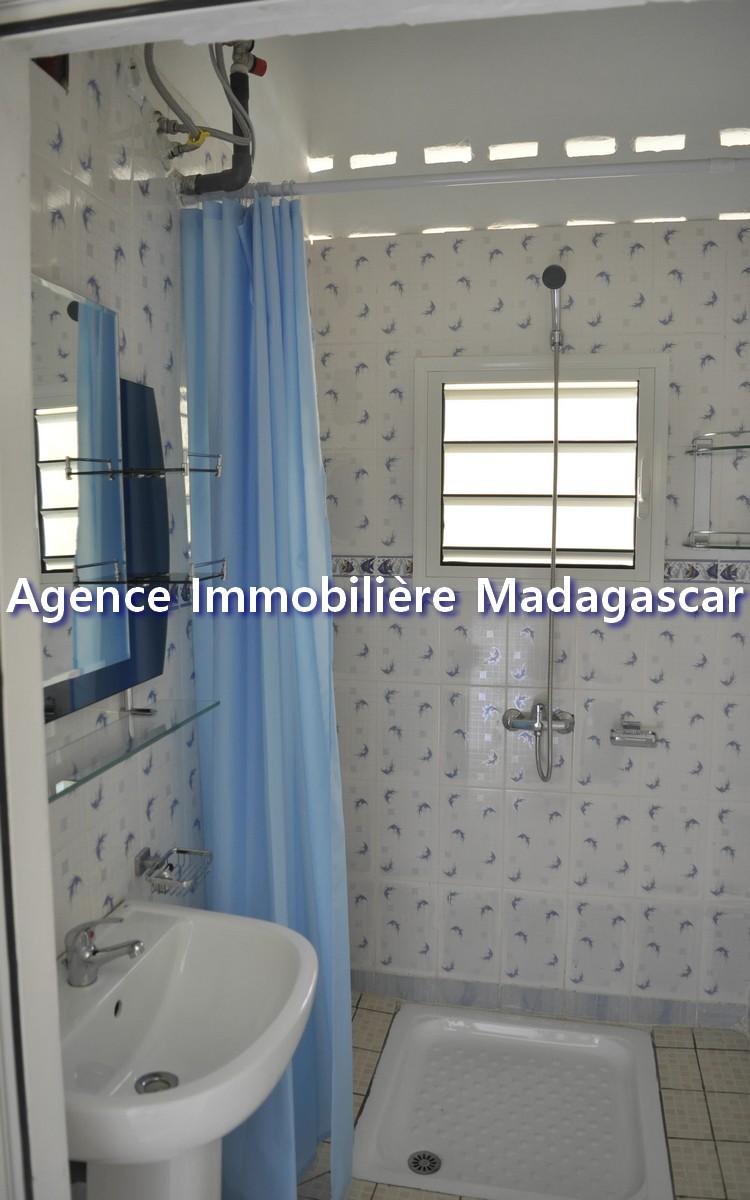 grand-appartement-de-type-t3-5.jpg