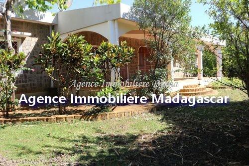 magnifique-villa-location-diego-1.jpg