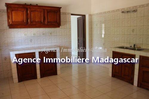 magnifique-villa-location-diego-3.jpg