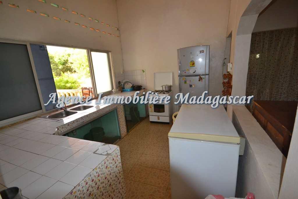amparemahitsy-mahajanga-location-villa-6.jpg