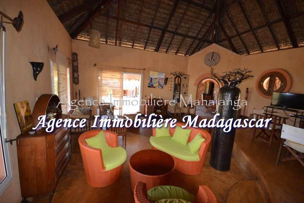 bungalow-location-amborovy-maroala-4.jpg