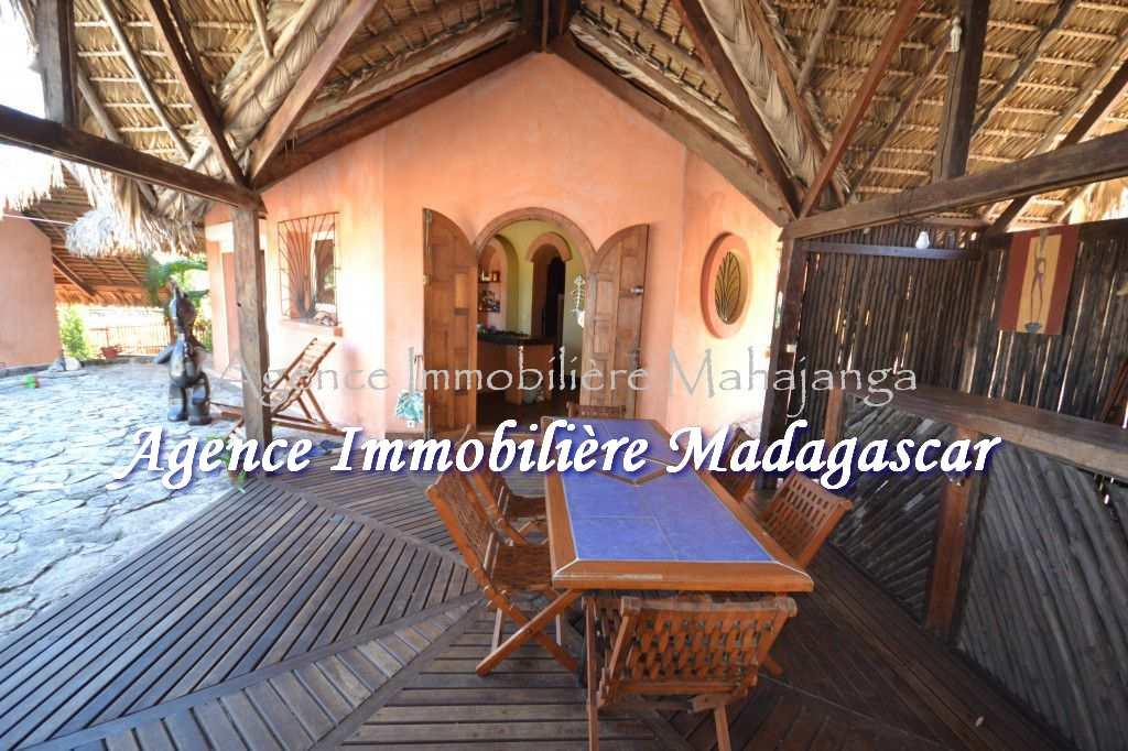 bungalow-location-amborovy-maroala-5.jpg