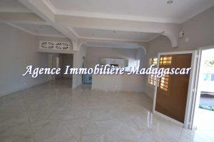 location-villa-ambondrona-mahajanga-3.jpg
