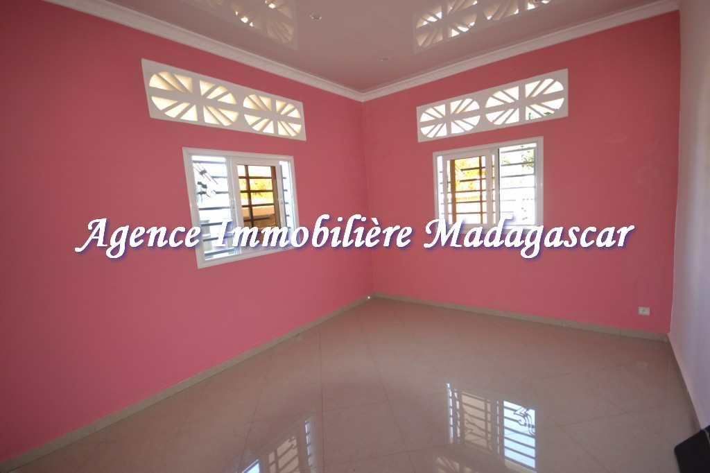 location-villa-ambondrona-mahajanga-4.jpg