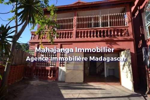 petite-villa-en-parfait-etat-mahajanga-1.jpg