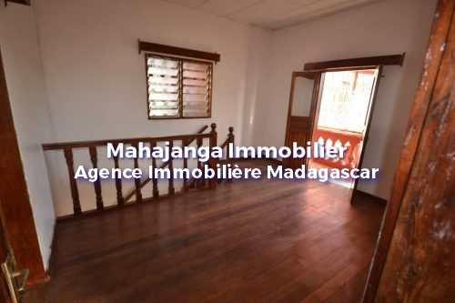 petite-villa-en-parfait-etat-mahajanga-4.jpg