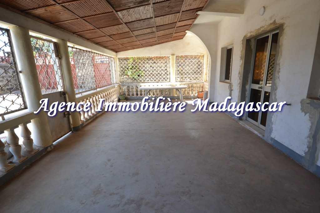 vente-mahajanga-grande-villa-5.jpg