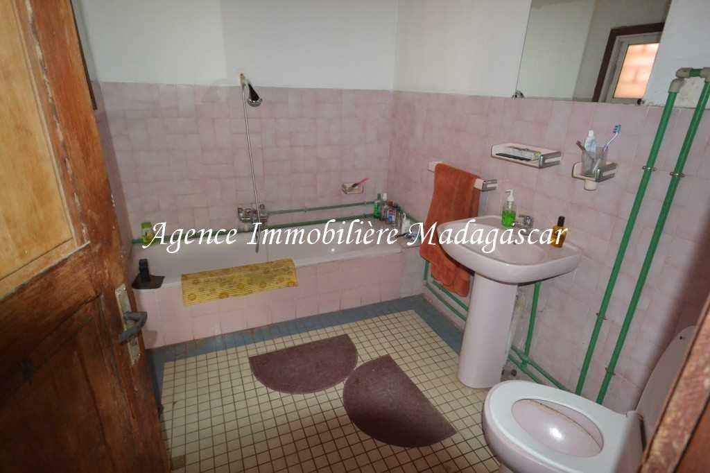 vente-villa-mangarivotra-mahajanga4.jpg