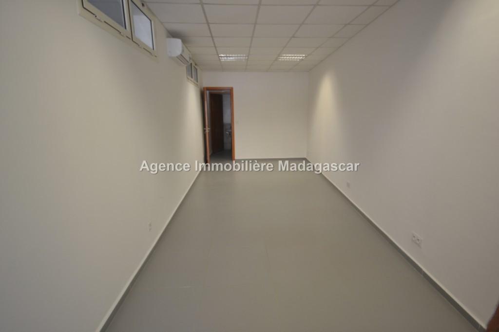 Local-commercial-location-Mahajanga-4.jpg