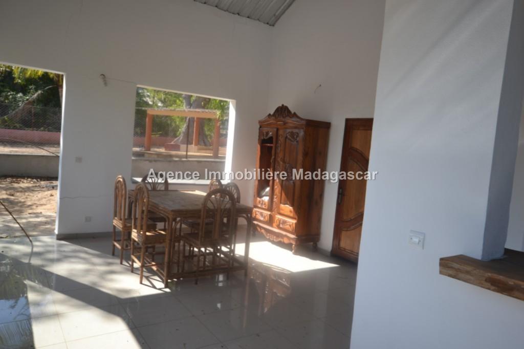 location-mahajanga-amborovy-villas-neuves-2.jpg