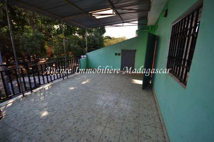 mahajanga-location-appartement-tsararano-1.jpg