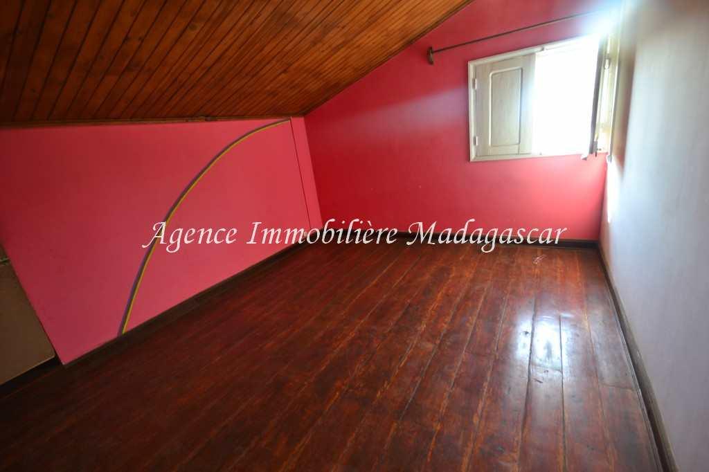 mahajanga-location-appartement-tsararano-4.jpg