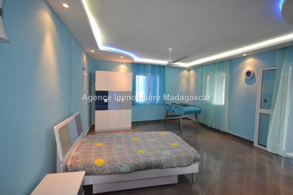 vente-villa-meublee-amborovy-mahajanga-2.jpg