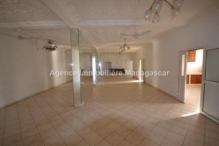 centre-mahajanga-location-appartement-1.jpg