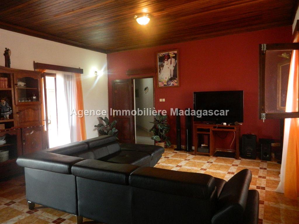 location-villa-meublee-trois-chambres-1.jpg