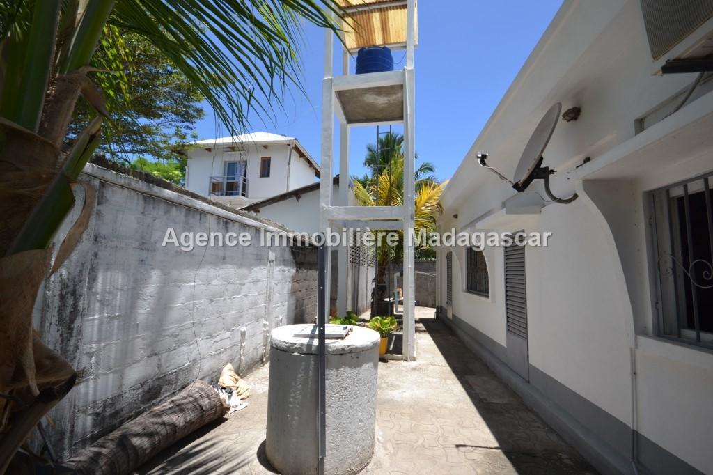 villa-neuf-en-location-5.jpg