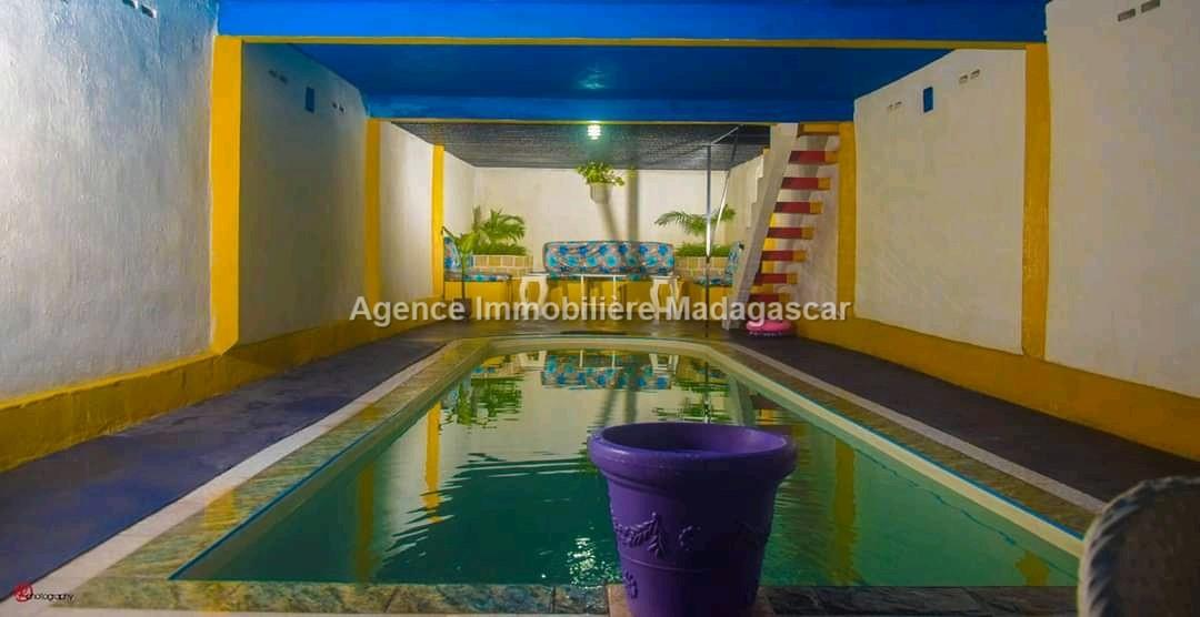 hotel-restaurant-a-vendre_283.jpg
