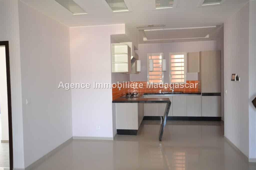 location-appartement-lumineux_0023.jpg