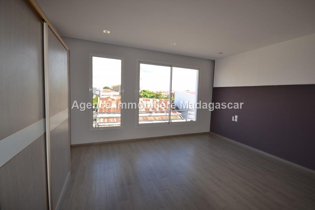 location-appartement-lumineux_0027.jpg