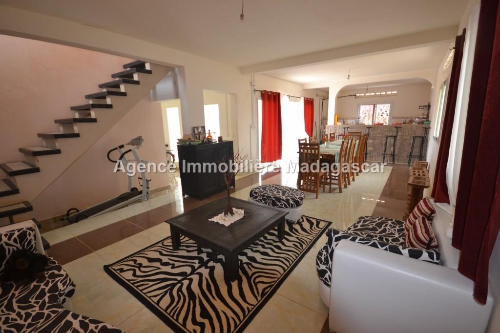 vente-villa-meublee-10.jpg