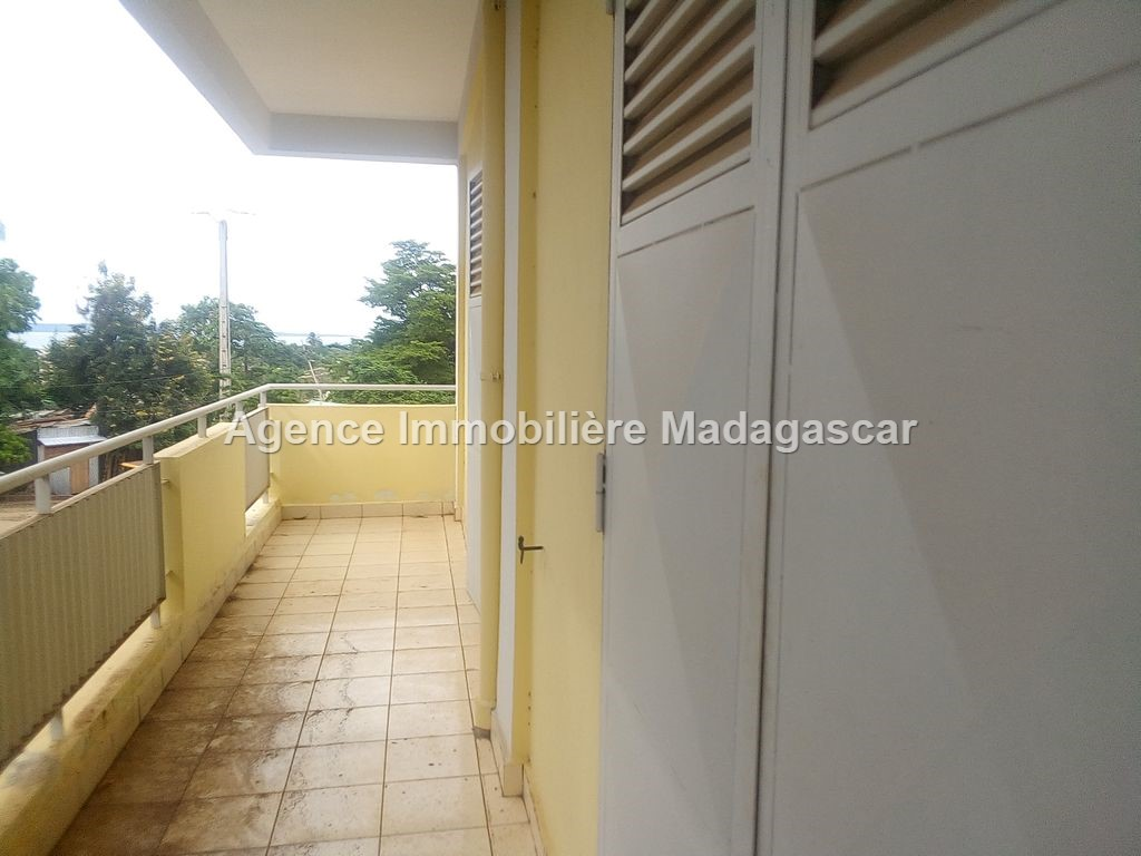 appartement-location-diego-suarez-11.jpg